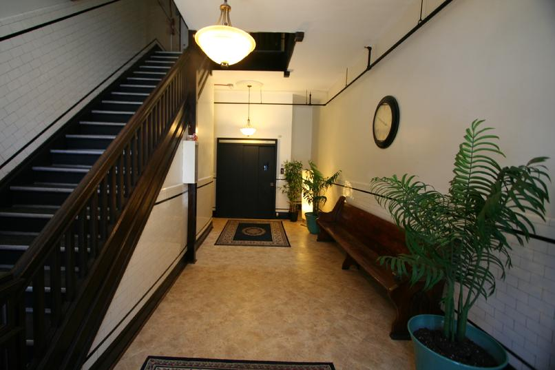 103 E. PITTSBURGH STREET LUXURY APARTMENTS GREENSBURG PA NEAR LECOM SETON HILL