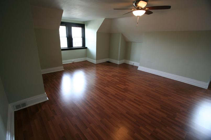 CLACHAN LTD LUXURY STUDIO APARTMENT NEAR DOWNTOWN PITTSBURGH NORTH SHORE AREA
